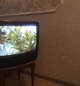 Продаю телевизор видео двойка