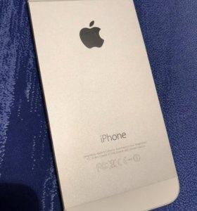 Айфон 5s 16гб.,4G LTE,iOS 12.1.2,коробка,документы