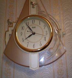 Часыс маятником