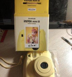 Фотоаппарат быстрой печати instax mini 8