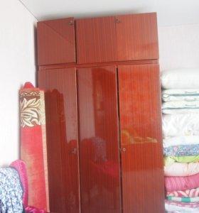 Шкаф и трельяж
