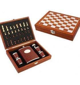Подарочный набор: шахматы с флягой