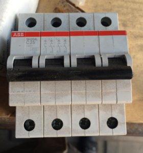Автомат SH204L 25A