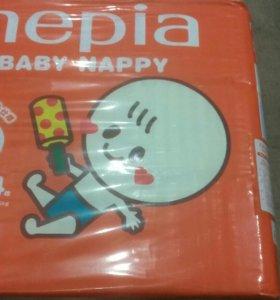 Японские детские подгузники