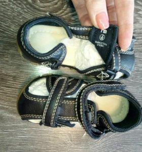 Детские сандали р. 20