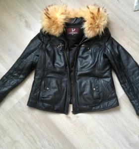 Кожаная зимняя куртка р-р 48-50