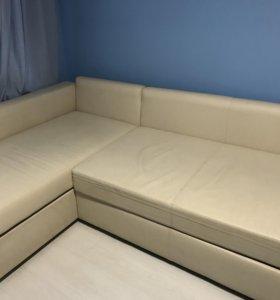 Диван кровать из кожзама