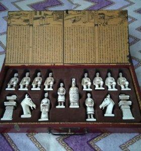 Шахматы с японскими фигурами.