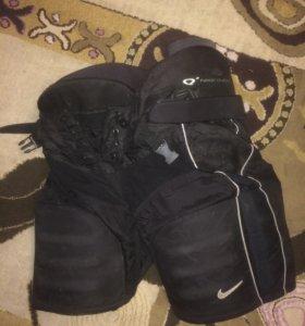 Хоккейные шорты Nike