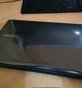 SAMSUNG NP355U5C на AMD A10 (i7)