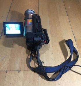 Видеокамера Sony CCD-TRV85