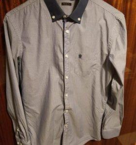 Рубашка бело-синяя, размер М