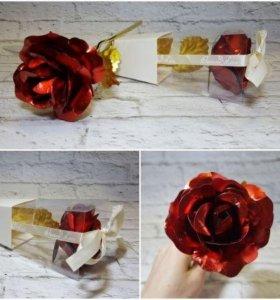 Роза подарочная