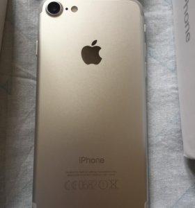 Продам айфон 7 на 256гб