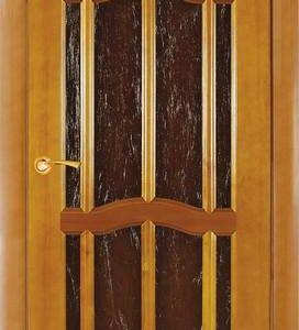 Дверь межкомнатная из массива сосны цвет ольха