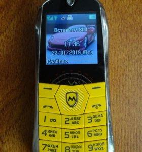 Мобильный двухсимковый телефон-машинка Maxvi J2