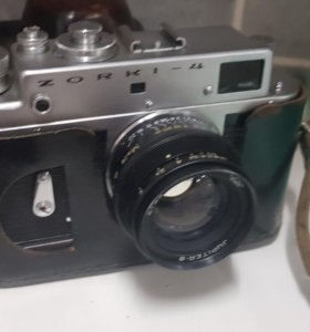 Фотоаппарат Zorki-4 с футляром