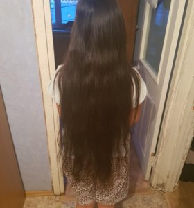 Натуральные свои волосы.