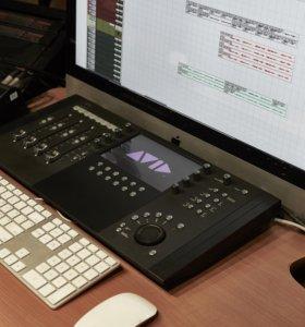 Компактный DAW контроллер Avid Artist Control V2