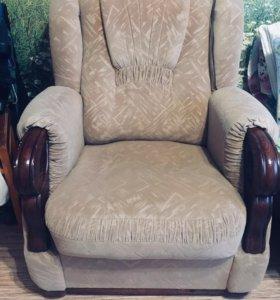 2 кресла в идеальном состоянии