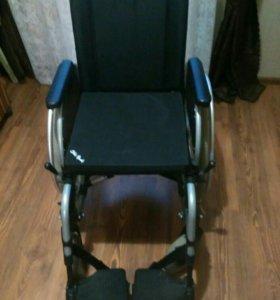 Инвадидное кресло