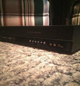 ДВД+видеомагнитофон Комбо LG HiFi 6head