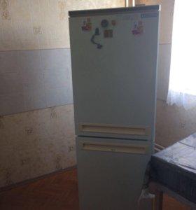 Холодильник,рабочий