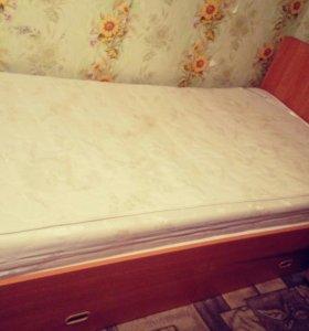 Кровать с тумбочкой