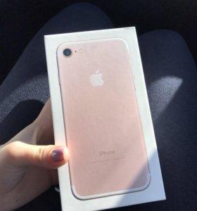 iPhone 7 Rose Gold 128г
