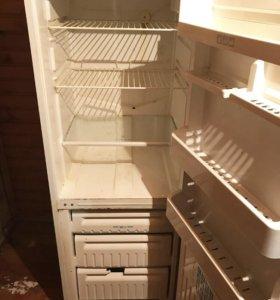 холодильник двухкамерный stinol