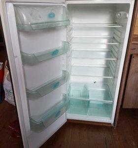 холодильник Electrolux ERN 2321