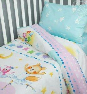 Постельное в детскую кроватку.