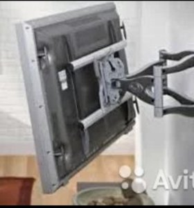 Установка телевизора на кронштейнах