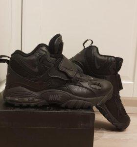 Кожанные кроссовки NIKE