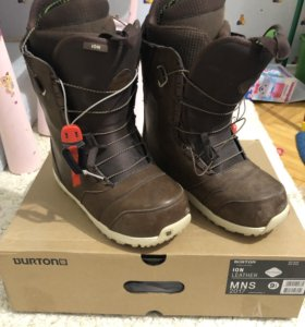 Burton ion leather