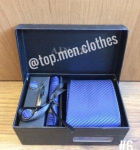 Подарочный набор для мужчин (галстук, запонки)
