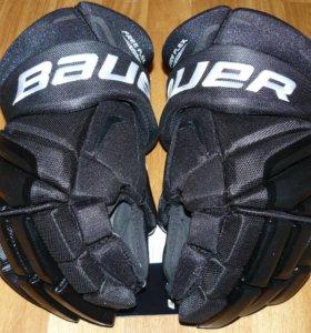 Новые хоккейные перчатки Bauer Vapor X100