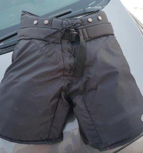 Продам шорты вратарские