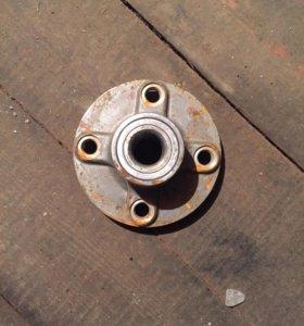 Задняя ступица Nissan Sunny fb15