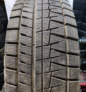 Bridgestone Rev GZ 235/55 R17 1 Покрышка!