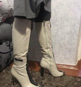 Сапоги новые! Чисто кожаные ! 40 размер .
