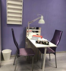 Маникюрный стол в аренду