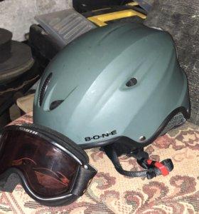 Горнолыжная маска и шлем