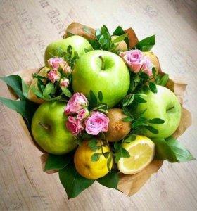 Цветочно-фруктовые букеты