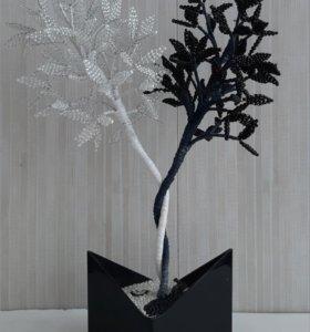Черное-белое деревце