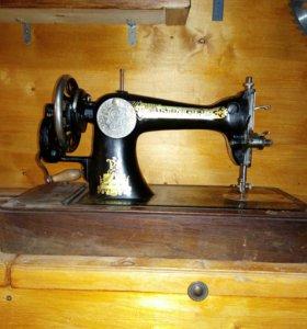 Швейная машинка Singer в рабочем состоянии