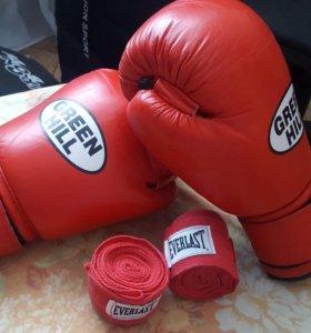Боксёрские перчатки 12 унций