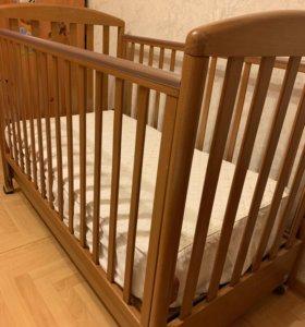 Детская кроватка с матрасом и наматрасником 125х65