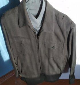 Курточка военного образца б/у