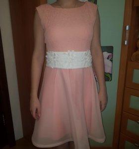 Платье новое, 38-40 разм.